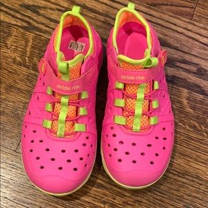 Stride Rite Phibians water shoes